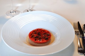 mugaritz tomato sweet garlic