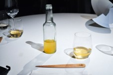 mugaritz apple juice and letter