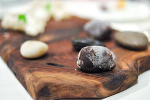 aubergine carmel chocolate mint rock