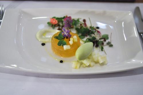 mani sao paulo waldorf salad