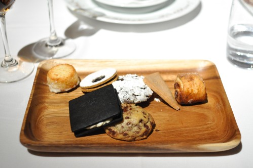 gramercy tavern cookie plate