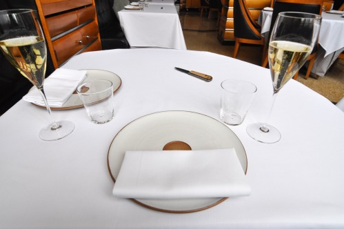 eleven madison park table setting