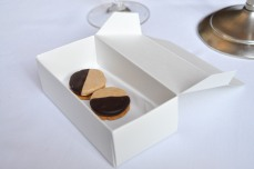 eleven madison park black and white cookies
